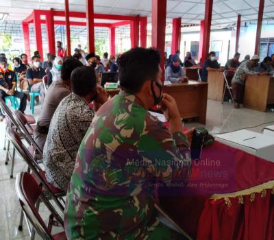 Danramil 04/Nguntoronadi Hadiri Rapat Pleno Rekapitulasi Penghitungan Suara Pilkada