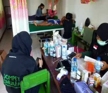 Meski Sederhana, Pos Medis DD Hadirkan Layanan Kesehatan Maksimal Bagi Penyintas Banjir Bandang Di Adonara Timur