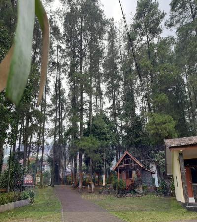 Harmoni Sebuah Resort di Tretes