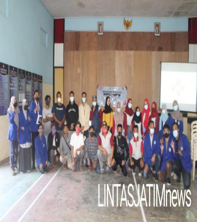 KKN Universitas Negeri Malang : Penyuluhan Media Sosial Kepada Masyarakat