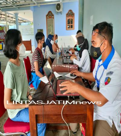 Kejar Target Herd Immunity RSAU dr. Siswanto Lanud Adi Soemarmo Kembali Gelar Serbuan Vaksinasi Covid-19