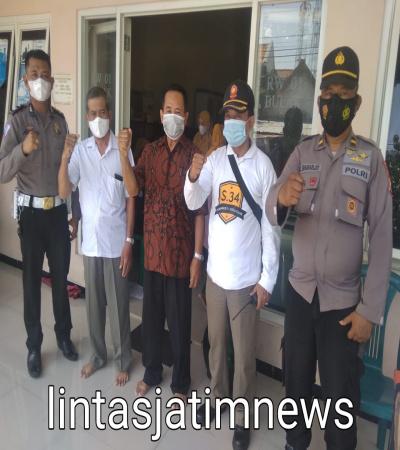 Geber vaksinasi sinovak di Bulak Rukem Timur Surabaya